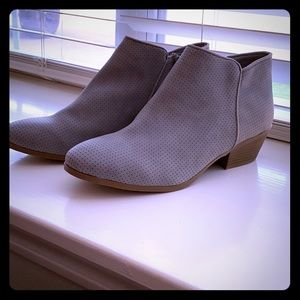 Low Booties - Cool grey